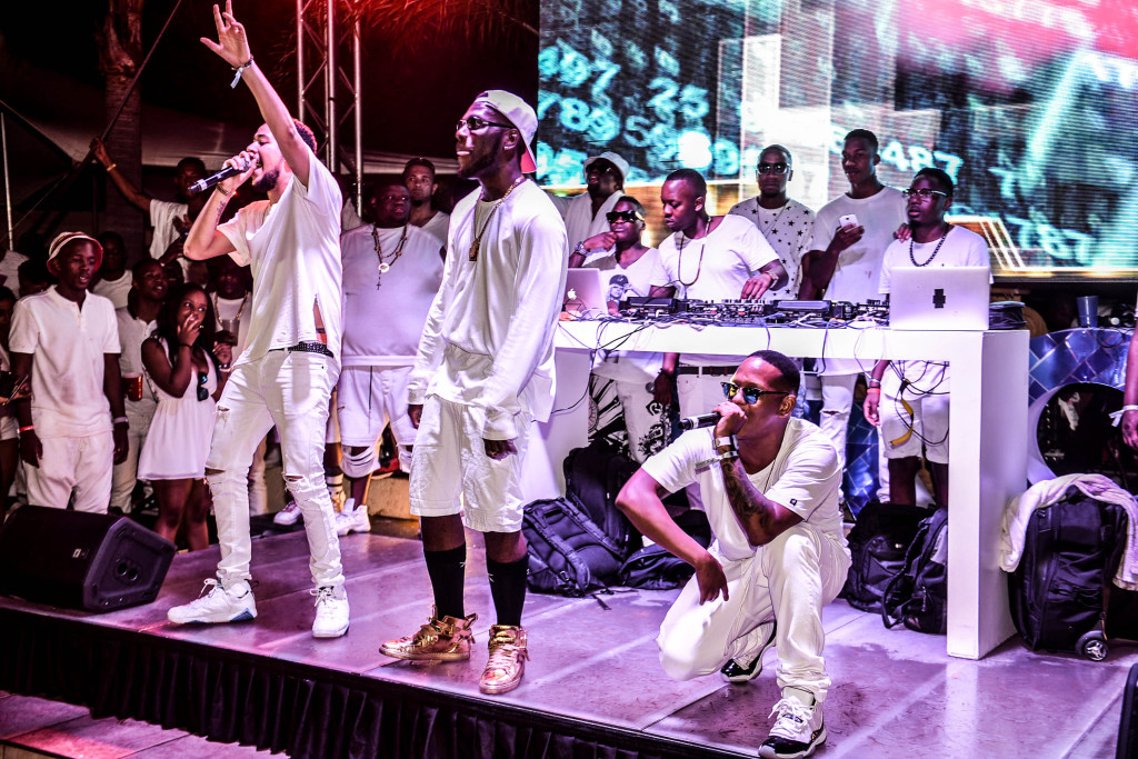 AKA, Burna Boy & Da L.E.S perform